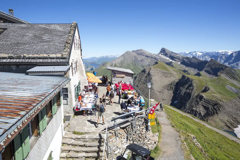 Laut eines BLICK-Lesers ist das Berghotel Faulhorn in Grindelwald BE ein echter Geheimtipp – dank authentischer Schweizer Küche und Übernachten wie in alten Zeiten, das heisst: ohne fliessend Wasser.