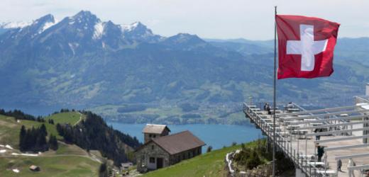 Gleich mehrmals als liebstes Ausflugsziel genannt wurde die Königin der Berge: Die Rigi. Im Bild ist der Aussichtspunkt auf der Rigi Kulm zu sehen.