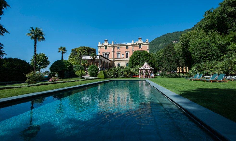 Platz 5 (Vorjahr: 15): Villa Feltrinelli, Gardasee Die schlossartige Villa am Ufer des Gardasees ist mit Rang 5 das bestplatzierte Ferienhotel Italiens und zugleich eines der lohnendsten Hotelerlebnisse der Welt.