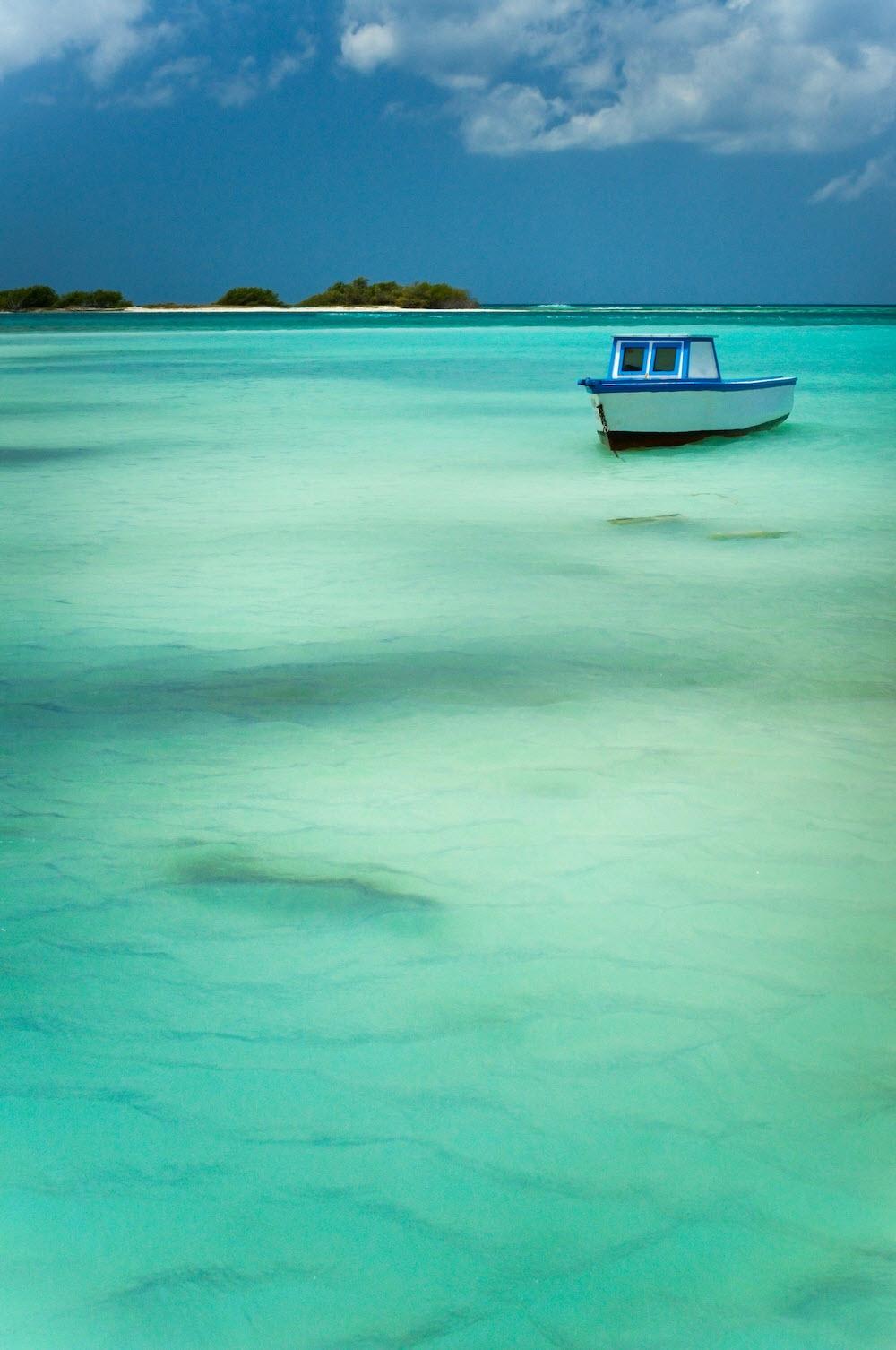 Die Karibikinsel hat auch sonst paradiesische Strände zu bieten.