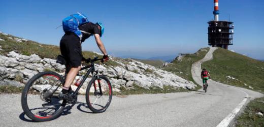 Die grosse Hürde am zweiten Tag der von Monika empfohlenen Velo-Tour ist der Chasseral im Berner Jura mit einer Höhe von 1607 Metern.