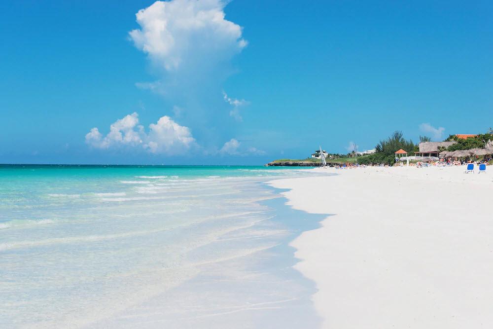 Der Strand ist ganzjährig ein beliebtes Ziel.