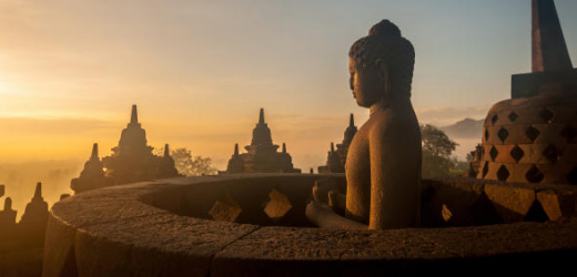 Eine Wucht: Der Borobudur bei Sonnenaufgang.