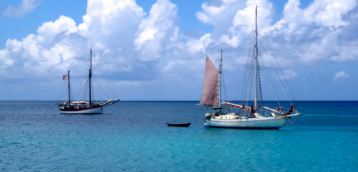 Segelschiffe vor Carriacou, Grenada.