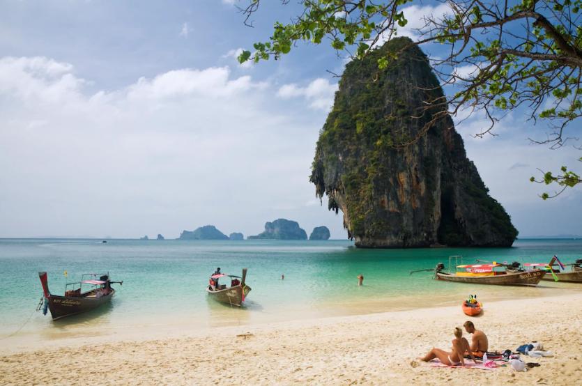 Phra Nang Beach: Aufgrund des aktuellen Wechselkurses sind Ferien in Thailand für Schweizer teurer als im Vorjahr.
