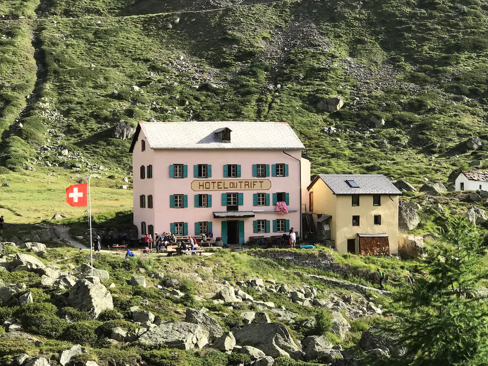 Im Hotel du Trift in Zermatt VS gibts laut BLICK-Leserin Chantal Syz den besten Apfelkuchen.