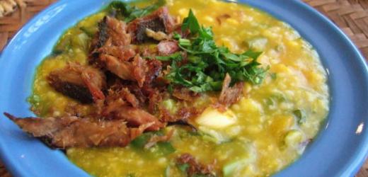 Kulinarische Offenbarung: Coto Makassar.