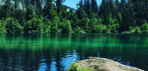 Platz zwei: Crestasee, Flims GR. Kommentar von Sandra: «Super zum Baden.»