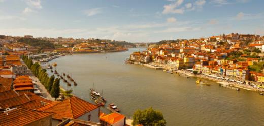 Platz drei: Portugal. Begründung: «Portugal hat sich endlich aus dem Schatten des Nachbarn Spanien gelöst und rückt nun als Reiseland mit grossem Potenzial ins Rampenlicht.