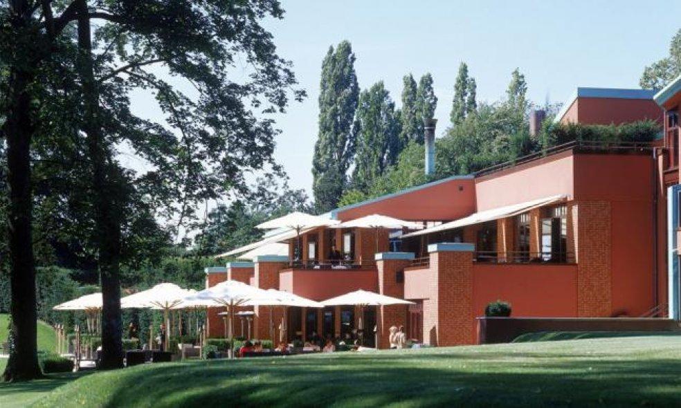 Platz 6 (Vorjahr: 5): La Réserve Genève, Genf-Bellevue Das Genfer City-Resort verlor einen Platz von 5 auf 6. Das sichert ihm dennoch unseren Respekt und viele glückliche Gäste.