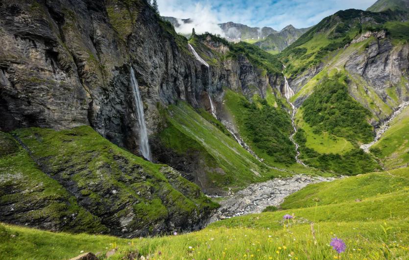 Das Weisstannental (SG) ist für seine Wasserfälle berühmt.