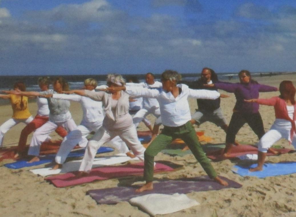 Yoga am Meer mit Heilpraktikerin Dorle Brix