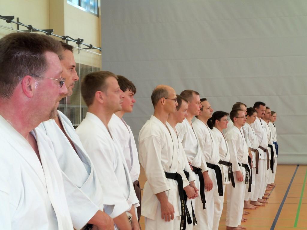 aus ganz Sachsen kamen Karatekas