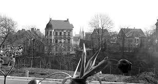 Blick aus dem Wohnzimmer der Fotografen Richtung Innenstadt (St.-Cl.-Kirche)