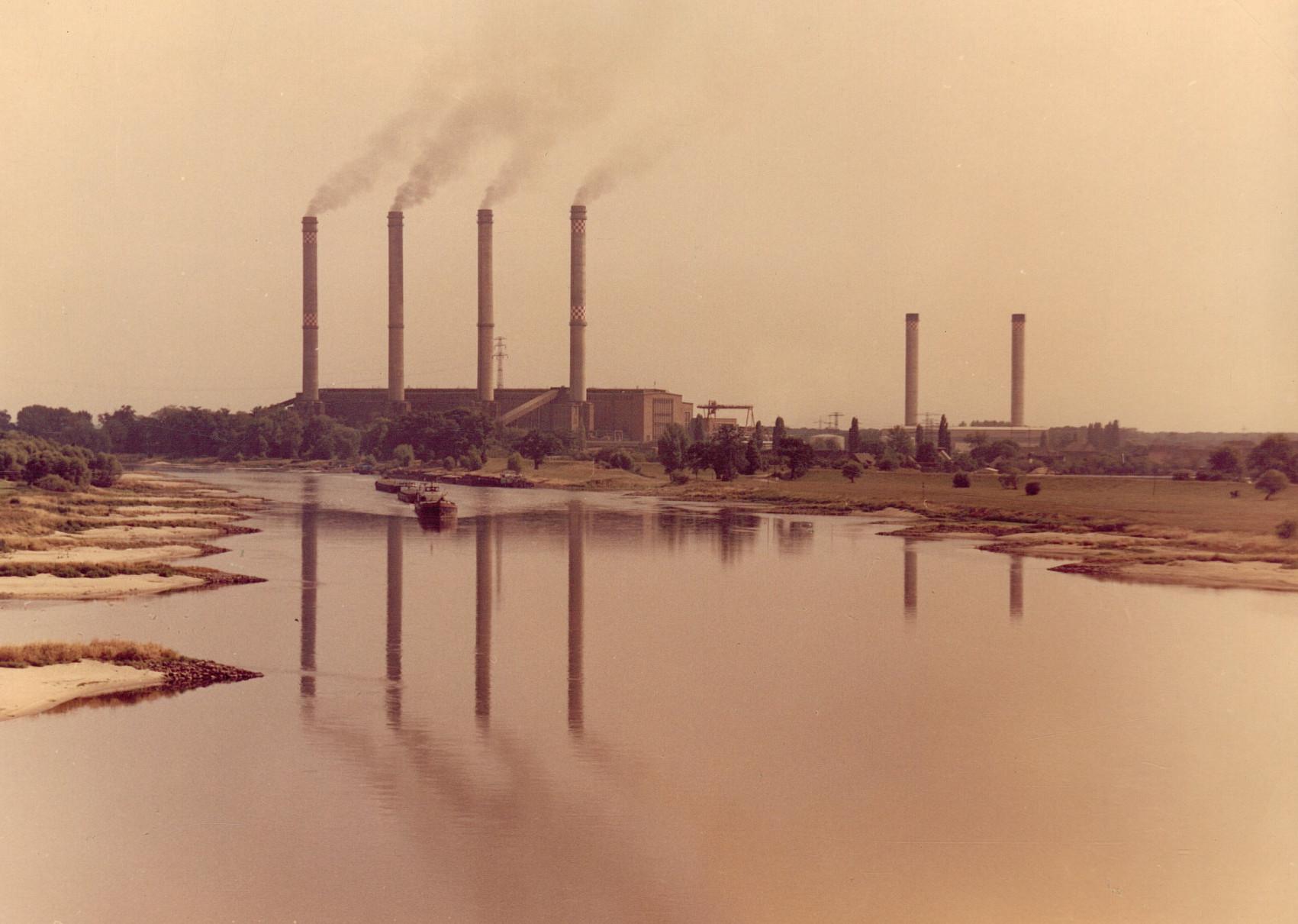 Kraftwerk Vockerode - Foto von 1982