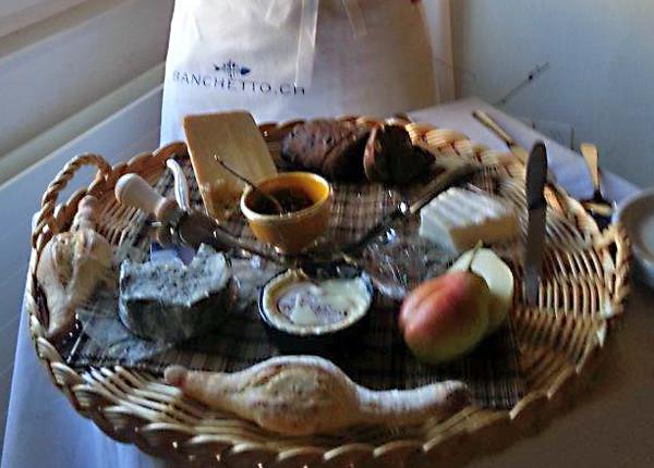 Ausgewählte Köstlichkeiten, vom Amuse bouche bis zum Käse und Dessert