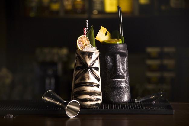 Cocteleria Tiki, tiki drinks, tiki, ticki cocktails, vasos tiki