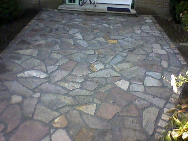 Hauseingang mit Porphyr Polygonal Platten