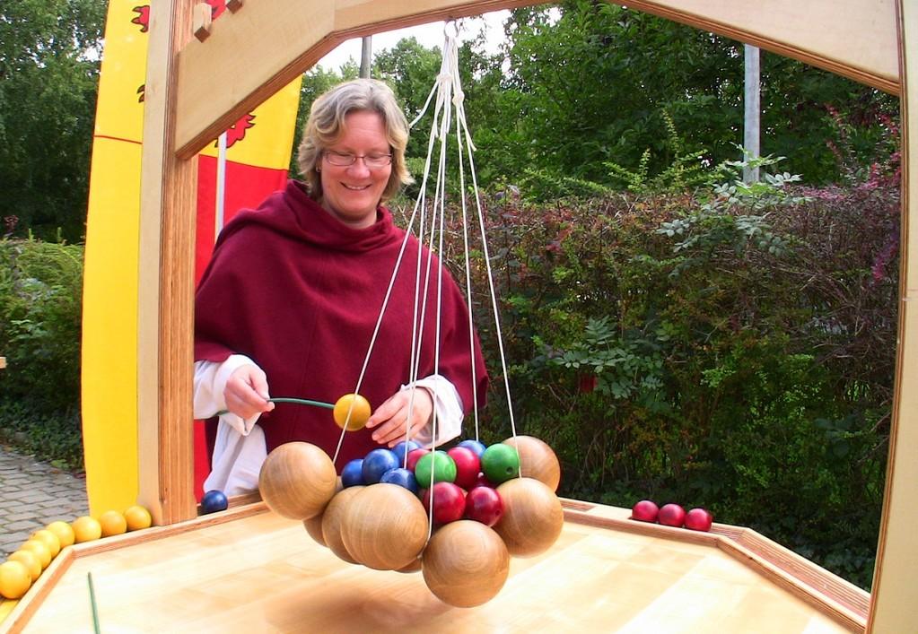 Viel Spaß bei historischen Gartenspielen