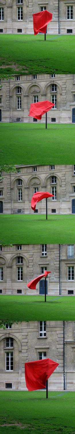 Last Dance. La Corrida - La Folie ... Drehung in Intervallen, An drei Stellen im Parc de la Villette, Paris 2006