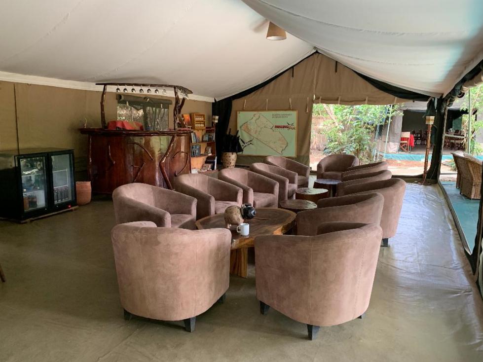 La tente bar et relaxation