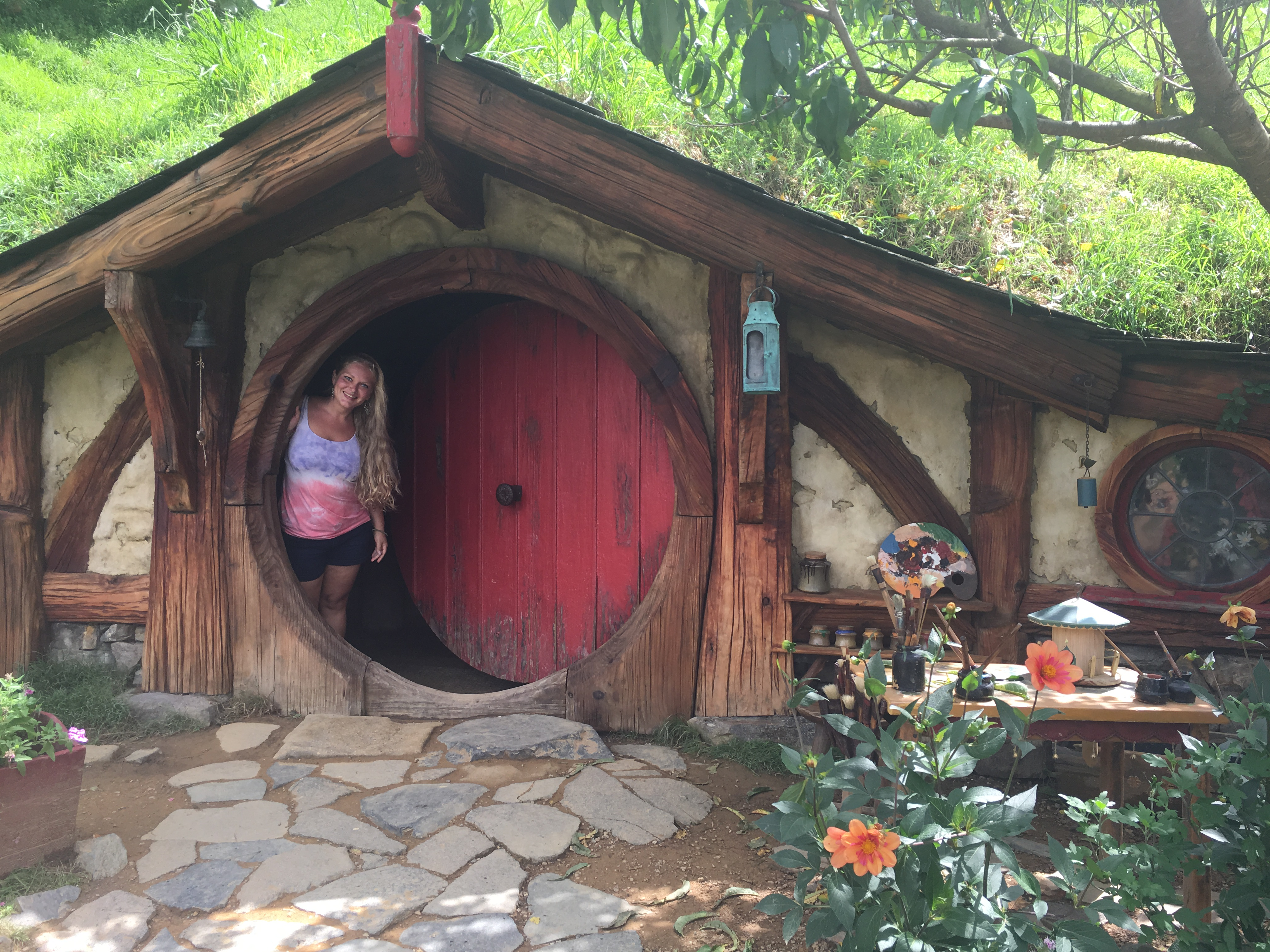 Manjulali in Hobbiton, Neuseeland