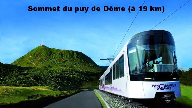 Sommet du puy de Dôme accessible par train à crémaillère ou à pied (à 19 km)