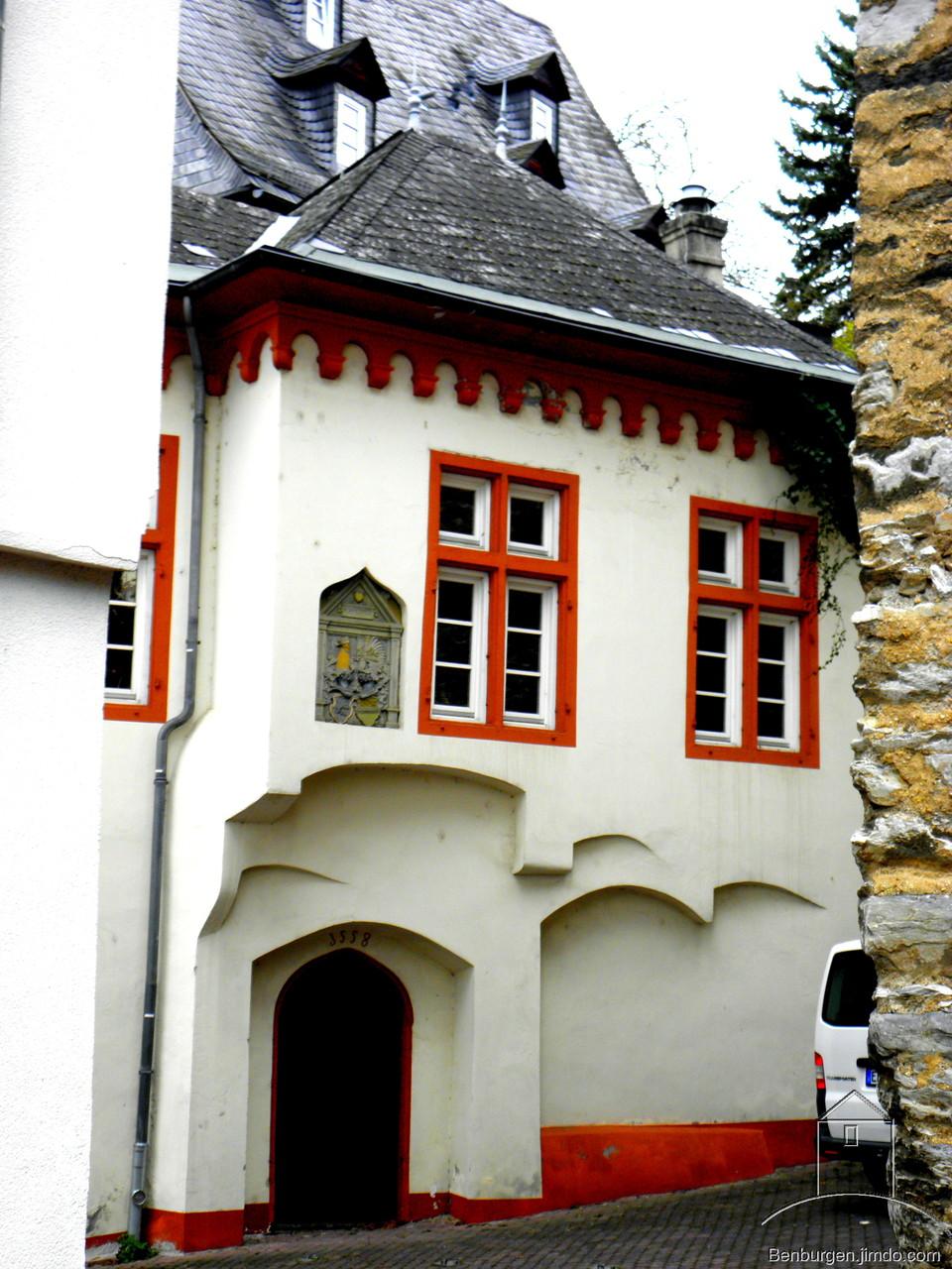 Burgmannenhaus unterhalb des Grafenschlosses.