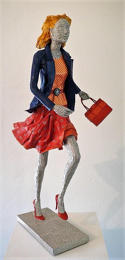 Elena Lichtsteiner: In Eile (2018, ca. 120 cm)
