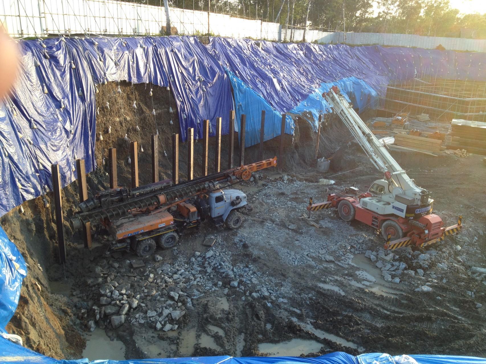 В Южном, МЖК на Пуркаева 92, подготовленность площадки, недостаточно отсыпана скальником