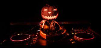 Festa Di Halloween A Roma.Dj Feste A Roma Dj Halloween Dj Di Roma