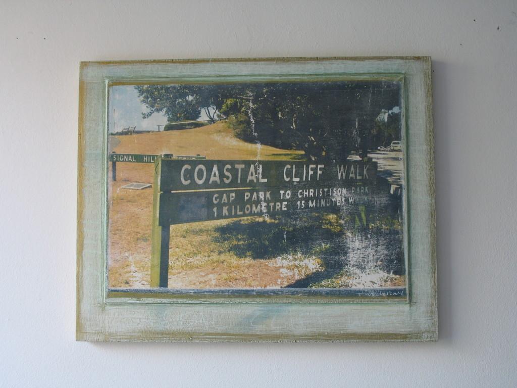 Coastal Cliff Walk 1/7 2004 IV 38x48 cm 400.-
