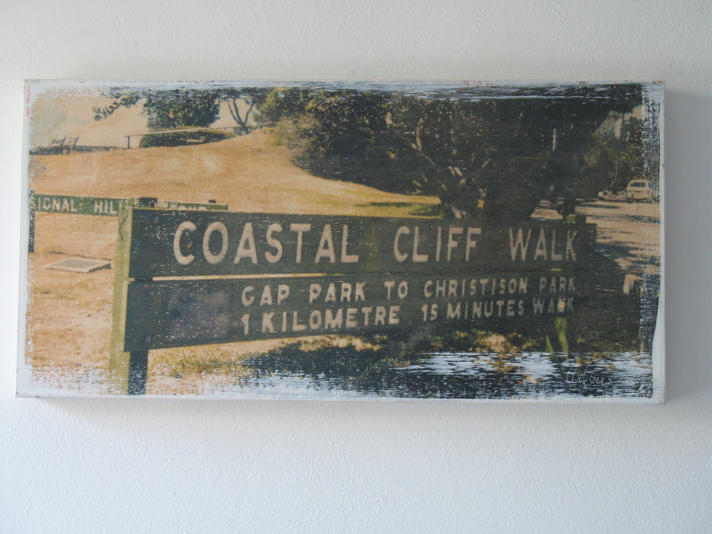 Coastal Cliff Walk 1/7 2004 V 20x40 cm 200.-