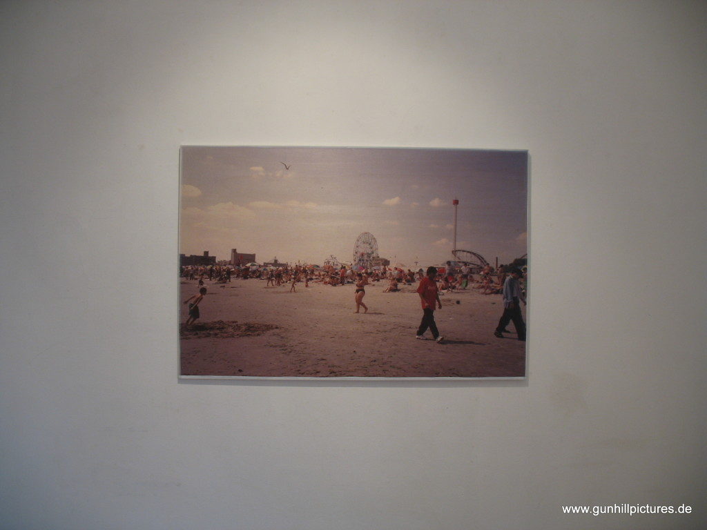 Coney Island Beach retro 1/7 2010 90x135cm 800.-