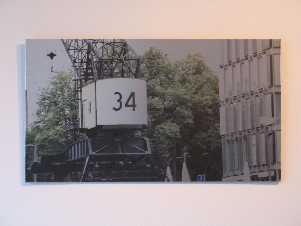 Nr. 34 bei der Arbeit 1/7 2010 ca. 38x21cm 100.-