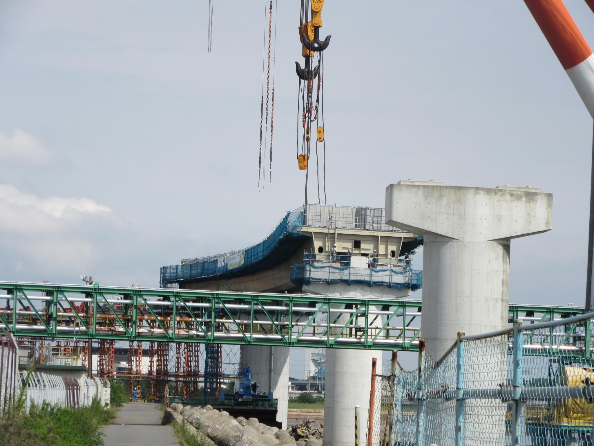 橋桁設置完了