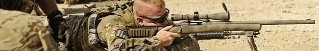 Fucili sniper softari e fucili a pompa