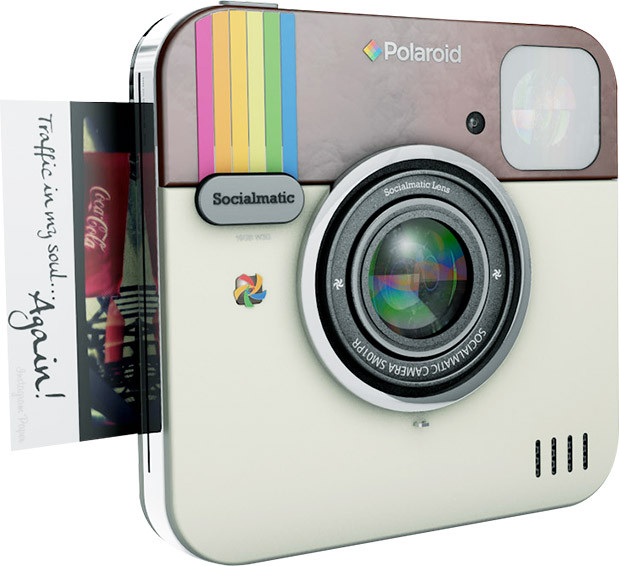 Lifestyle Trend Sofortbildkamera: Mit der Polaroid Socialmatic kommt der Retro Charme zu Dir nach Hause! Für Polaroid Liebhaber ein absolutes Must Have, das analoge & digitale Fotografie miteinerander verbindet | Hot Port Life & Style | 30+ Style Blog