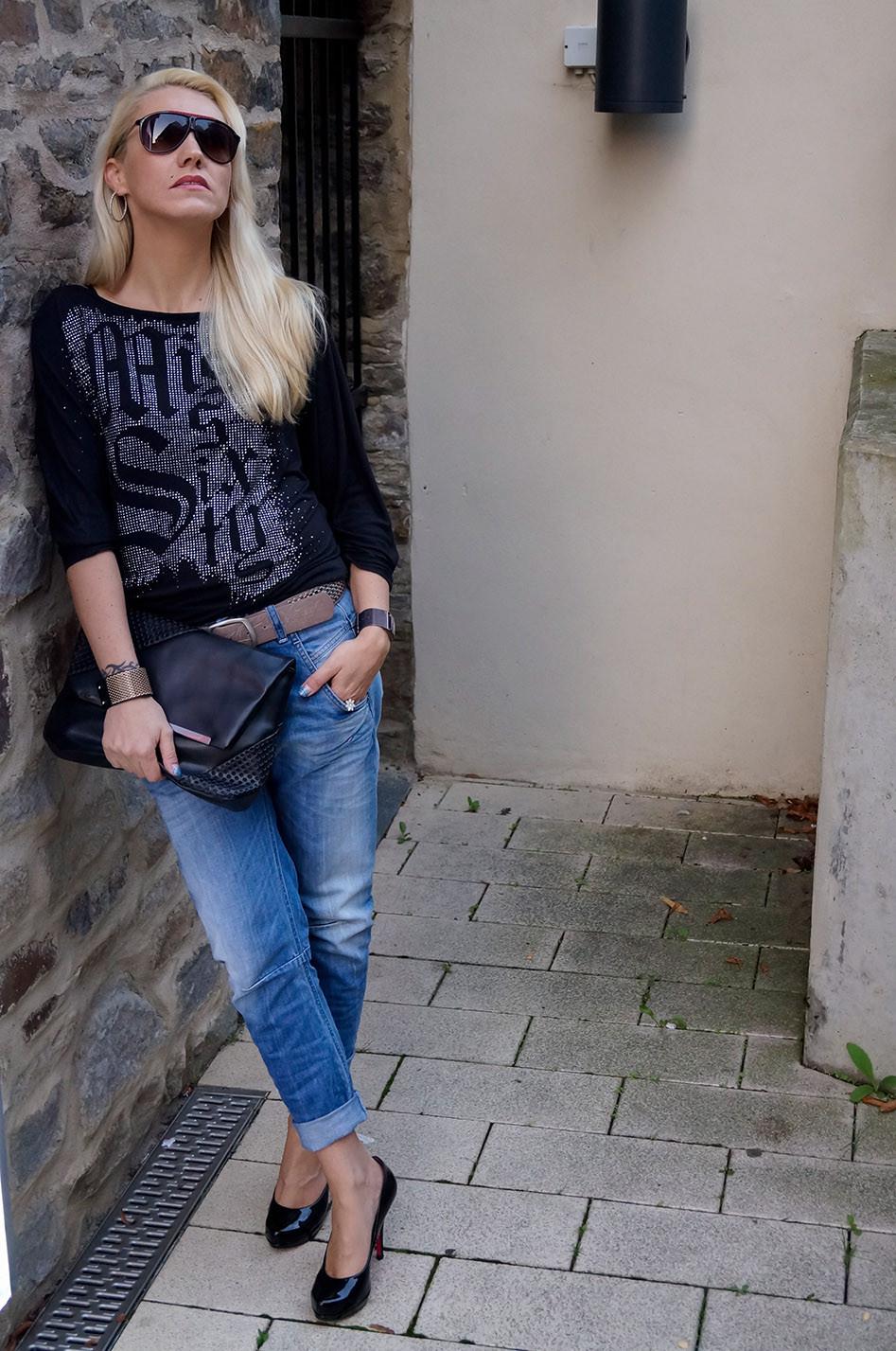 Outfit des Tages: Lässiger Boyfriend Look mit meiner geliebten Diesel Fayza Jeans