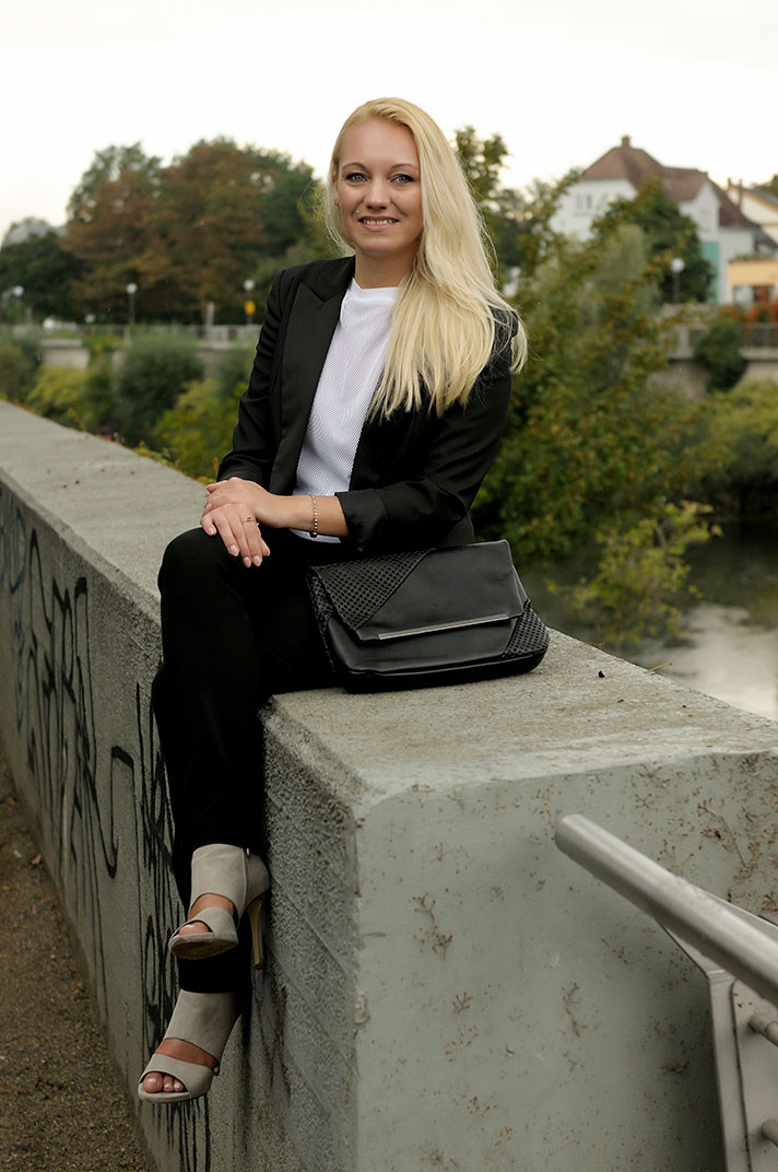 Franny Feminin Dandy Look | Smart Business Outfit