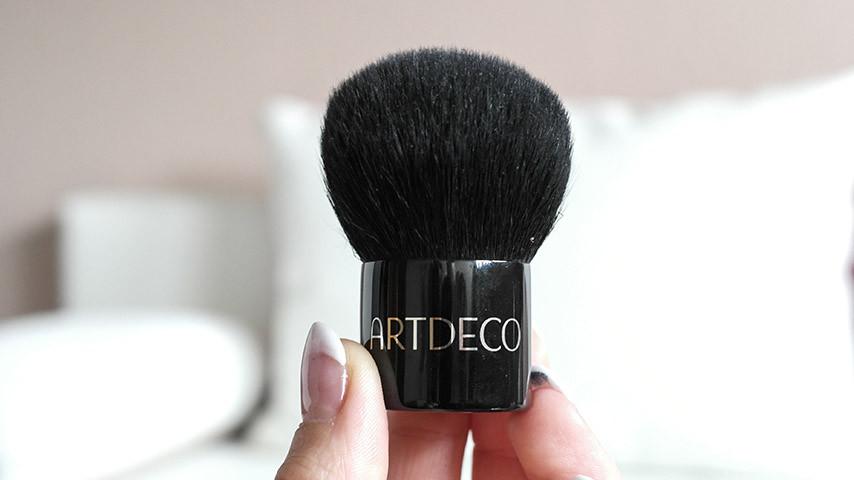 Beauty Essentials | Meine Favoriten im Oktober und auch den Rest des Jahres | Artdeco Mineralpuder Pinsel