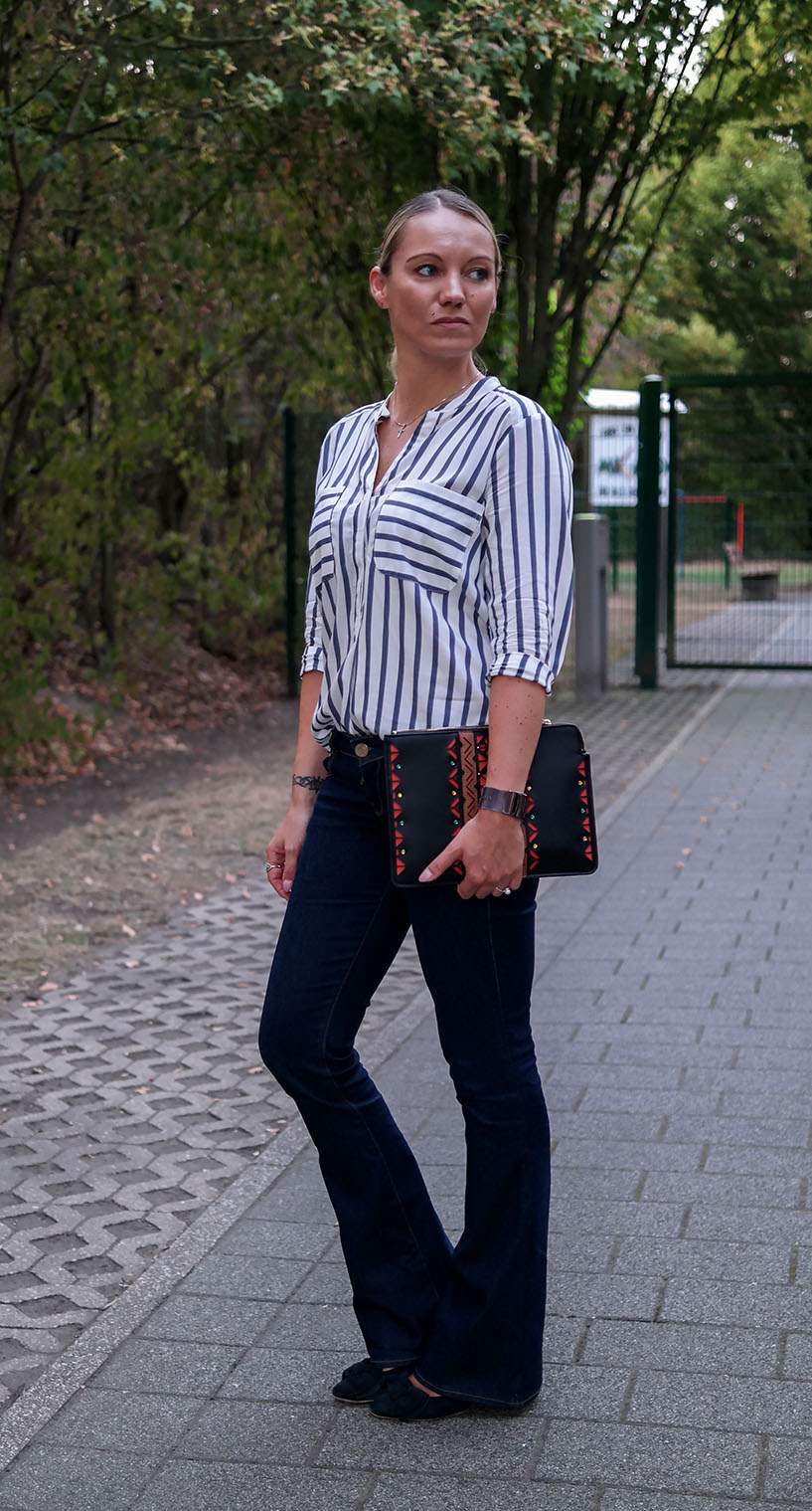 Style Trend Striped Blouse | Outfit Gestreifte Bluse & Schlagjeans | hot-port.de | 30+ Style Blog