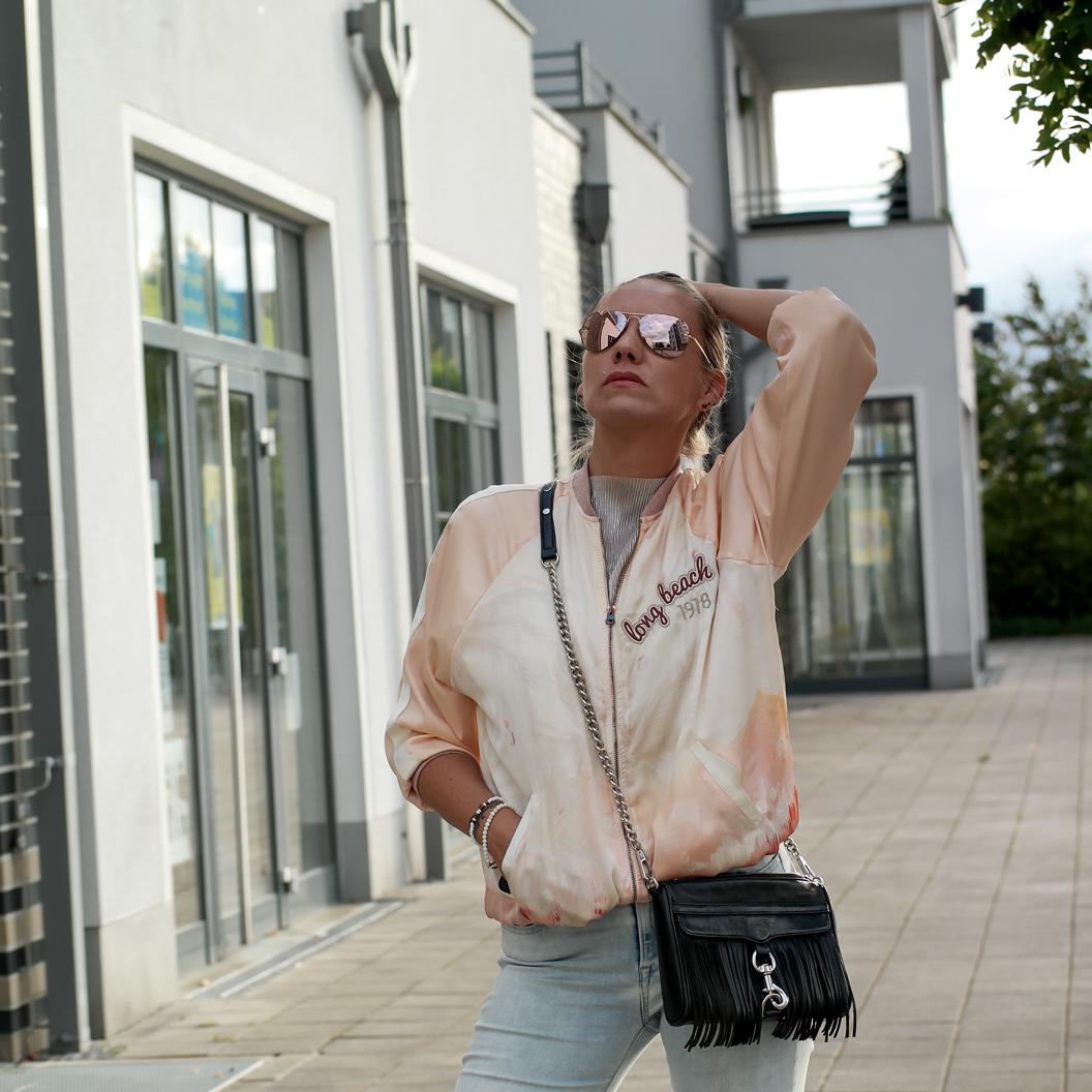 Mirror Shades: Verspiegelte Sonnenbrillen sind der unverwechselbare Style Trend eines jeden Sommers | Hot Port Life & Style | Deutscher Mode & Lifestyle Blog