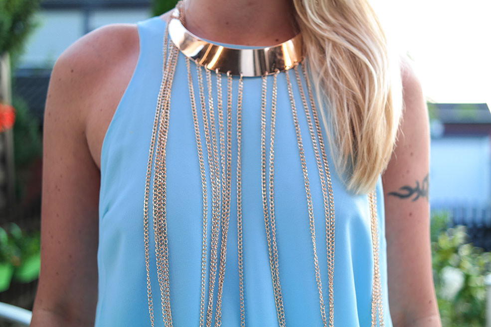 Summer Outfit #OOTD | River Island Aphrodite Top mit Gold Collier