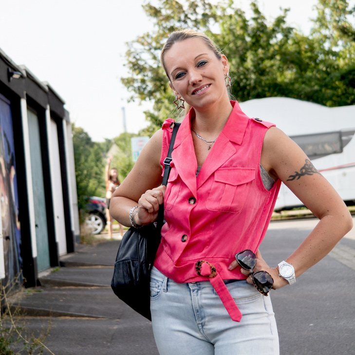 Pink Passion: Smoking-Bluse & High Waist Jeans