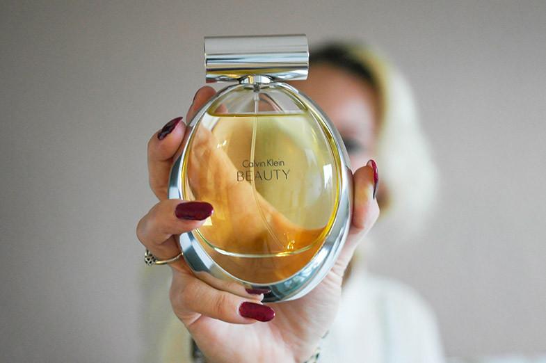 Calvin Klein Beauty | Die ganze Schönheit eines Duftes