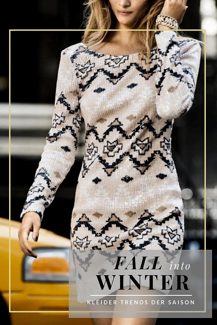 In Herbst & Winter auf das Lieblingskleid verzichten, nur weil das Wetter nicht mitspielen möchte? Unvorstellbar! Glücklicherweise hat die Modebranche auch zur kühlen Jahreszeit ein paar heiße Fashion Tipps äh Trends parat | Hot Port Life & Style | Style Blog aus Deutschland für Frauen um die magische 30