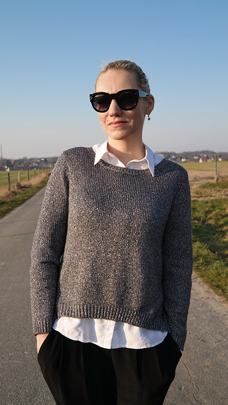 Outfit Sporty Dandy Look mit silberfarbenem Lurex Pullover | hot-port.de | Lifestyle & Fashion Blog from Germany by Franny Fine