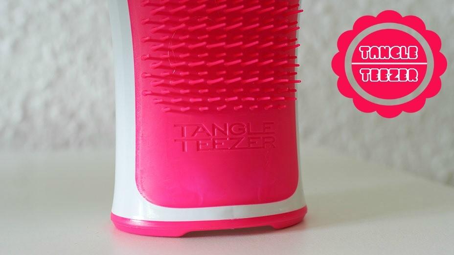 Die neuesten Fashion & Beauty Trends gibt es auf dem Lifestyle Blog Hot Port Life & Style zu entdecken | Tangle Teezer Aqua Splash - Lohnt sich der Hype um diesen Beauty Trend?