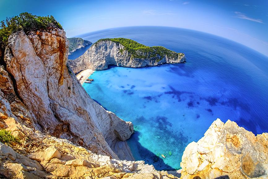 Navagio Beach Zakynthos | Shipwreck Bay | Traumhafte Bucht mit imposanten Felsvorsprüngen & türkisfarbenem Wasser | Hot Port Life & Style | Deutscher Lifestyle Blog